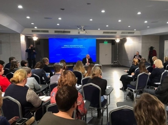 Беспартийный губернатор Сергей Ситников хорошо относится ко всем партиям, но некоторые особо ценит за практическую помощь