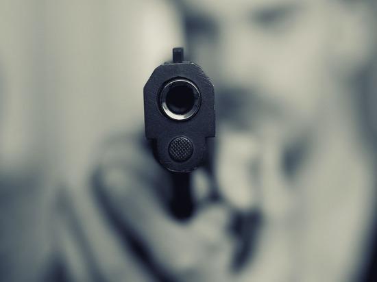 Житель Ижевска напал с пистолетом на директора фирмы
