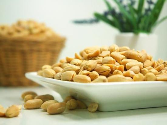 Представлено первое лекарство от аллергии на арахис