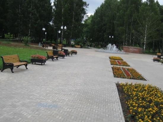 К весне в Кирове установят сотню новых скамеек