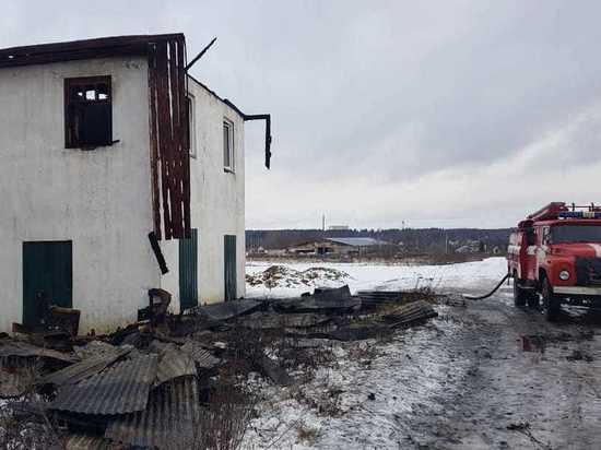 СК занялся гибелью мужчины на пожаре в доме животновода под Боровском