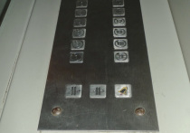 Лифтеров простили за «взбесившийся» лифт, покалечивший младенца