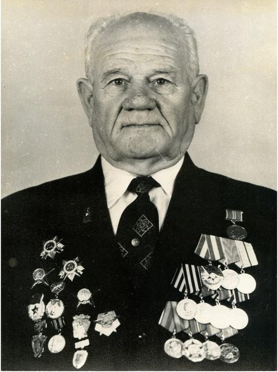 Богами войны на всех фронтах называли наших артиллеристов, и среди них в годы войны был крымчанин Василий Зубанюк.