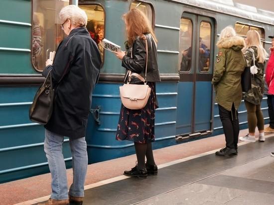 Пранкер, сымитировавший в метро приступ короновируса, извинился перед пассажирами