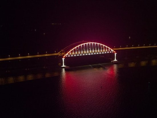 На поъездах к Крымскому мосту открыли новые посты ДПС