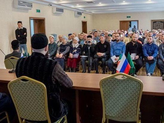 В Казани исламскую «Школу одного дня» посетило 130 слушателей