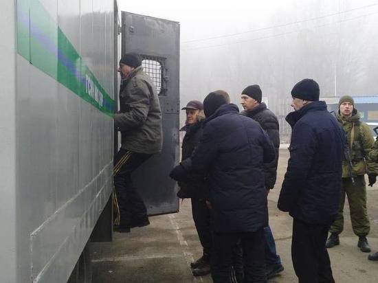 Вернувшихся из украинского плена дома ждал кошмар: камера стала побольше