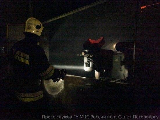 Из горящего дома на Стачек эвакуировали 19 человек