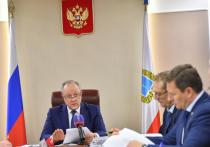 Радаев вошел в Топ-40 губернаторов за критику министра, купившего лавочки в другом регионе