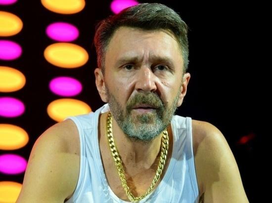 """Шнуров грубо ответил протоиерею Смирнову на """"гражданских жен–проституток"""""""