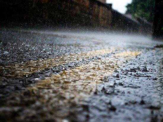 Ученые из Гонконга нашли способ получить энергию из капель дождя