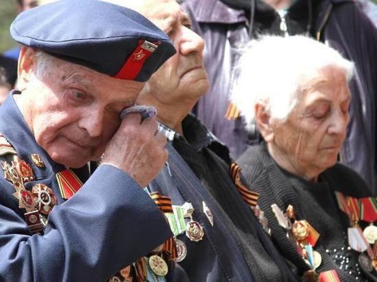 В Чувашии ветераны получат к 9 мая по 100 тысяч рублей