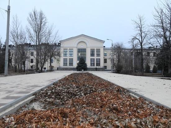 В Волгограде продолжается благоустройство парков и улиц