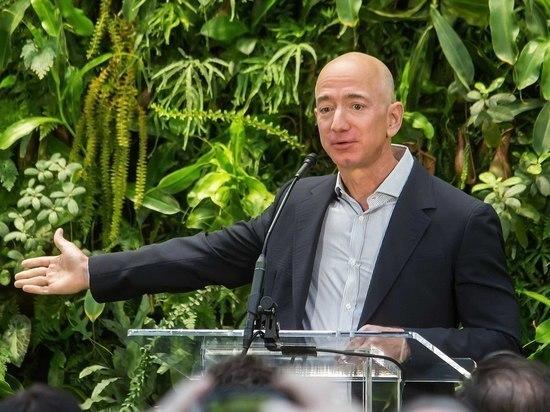 """Богатейший человек в мире Безос выделит $10 млрд на """"защиту Земли"""""""
