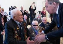 В Мюнхене Сергей Лавров вручил медали ветеранам Великой Отечественной