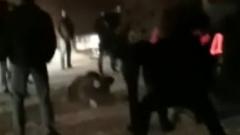 Массовая драка у ночного клуба в Нижневартовске попала на видео