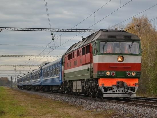 Ветеранам ВОВ дали право на пожизненный бесплатный проезд в поездах