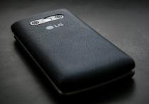 Компания LG представила три новых смартфона