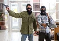 Костромские разбойники завладели 15-ю тысячами рублей, а не проще ли было их заработать...