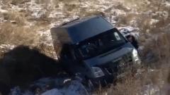 «Самоволочка»: В Улан-Удэ маршрутка без водителя поехала с горки