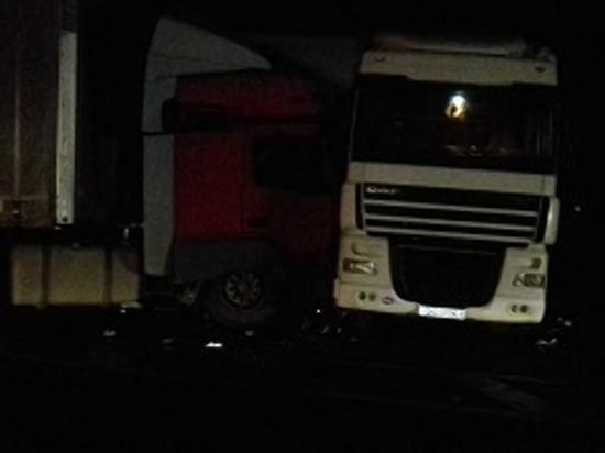 В Смоленском районе столкнулись два большегруза