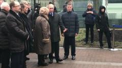 Ксения Собчак не взглянула на Путина у памятника отца