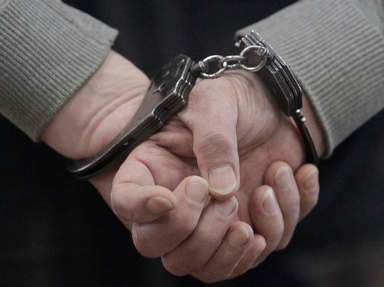 У учителя дома обнаружили переделанный боевой ствол, возбуждено уголовное дело