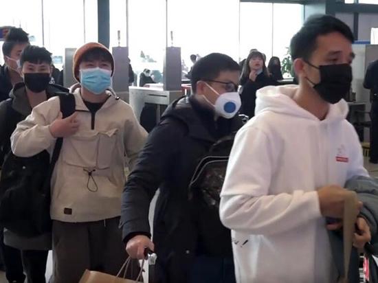 Казачьи прививочные патрули начали заставлять мигрантов проверяться на коронавирус