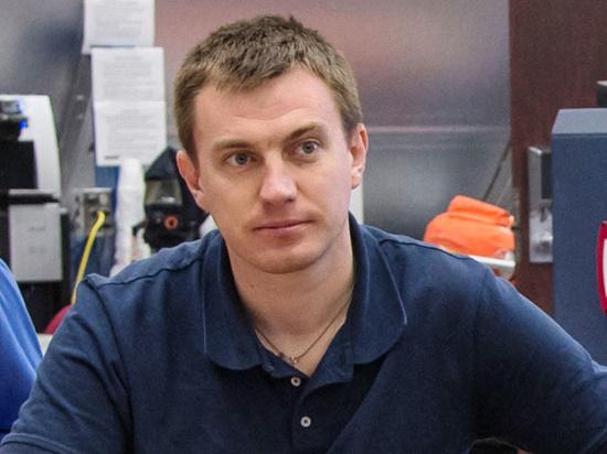 Космонавта Тихонова отстранили от полета на МКС из-за больного глаза
