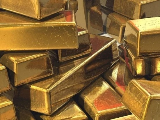 Цена золота достигла максимума с 2013 года