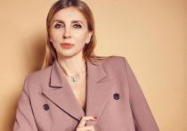 Светлана Бондарчук в откровенном бикини удивила подписчиков стройной фигурой