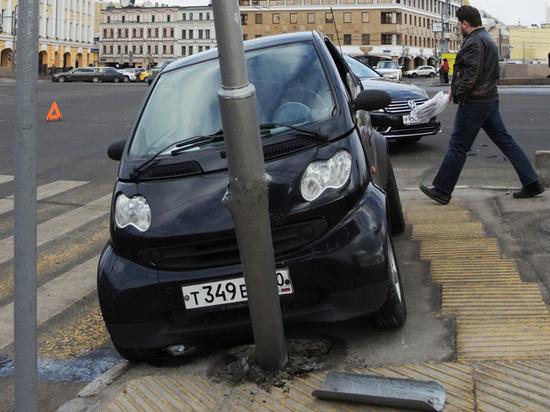 Общественники предложили запретить ставить на учет автомобили, побывавшие в ДТП