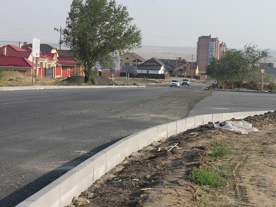 В калмыцкой столице отремонтируют дороги на десяти улицах