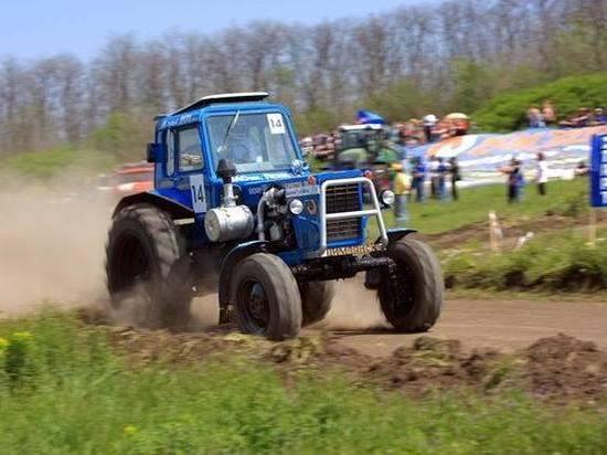 Белгородский тракторист задавил мужчину и скрылся