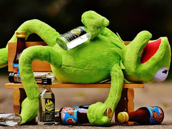 Пьяный юноша в Березнике оскорбил участкового и попал под «уголовку»