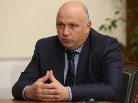 Глава администрации Астрахани Радик Харисов подал в отставку