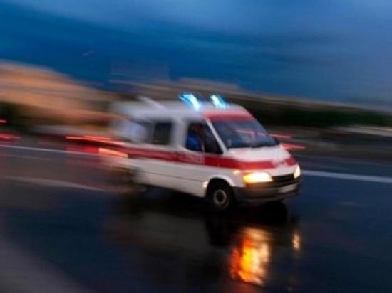 В Санкт-Петербурге выпала из окна и разбилась элистинка