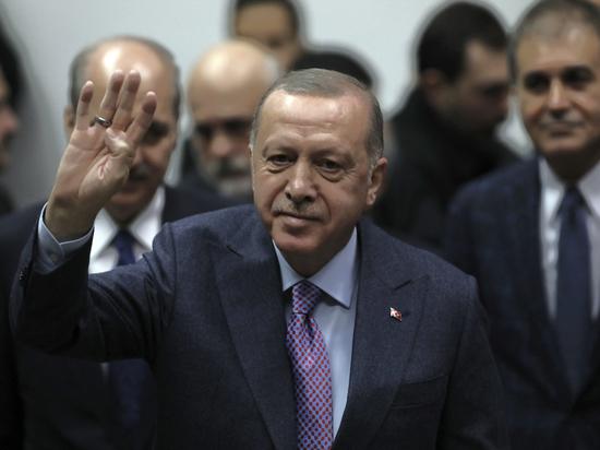 Эксперт изложил возможные сценарии противостояния вокруг Сирии