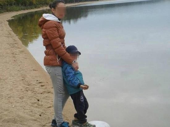 Мать стоявшего на гречке мальчика приговорили к 1,5 годам колонии