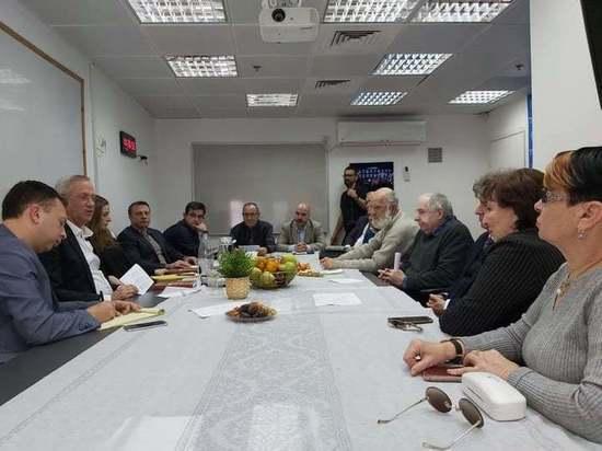 Представители «Хазит аКавод» встретились с  Бени Ганцем