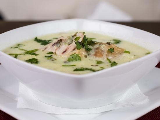 Россиянку попытались накормить супом с гусеницами в роддоме