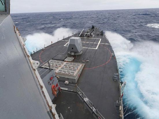 ВМС США объяснили нахождение эсминца в Чёрном море