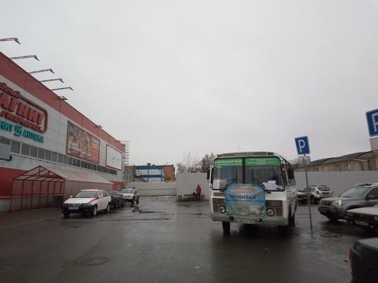 Мобильная поликлиника будет дежурить в Пскове у Торгового центра