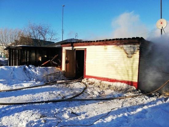 Два человека погибли на пожаре в Новом Уренгое