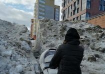 Кировчанам помешал тоннель из снега
