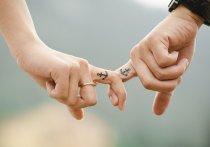 Кузбассовцам на заметку: ученые рассказали о болезнях, которые лечит любовь