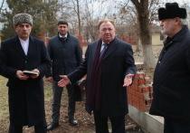 Калиматов поручил вернуть городскому парку Сунжи его земли