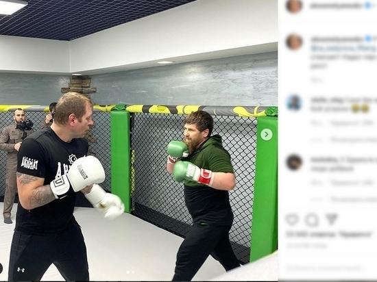 Кадыров провел бой с Емельяненко