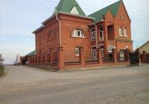 В телеграмм-пабликах сообщили, что Сергей Агеев спасает от банкротства имущество матери