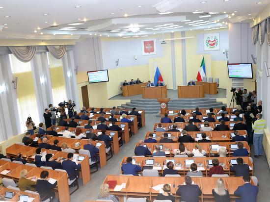 Кто из руководителей хакасского парламента потеряет свои посты: депутаты одобрили поправку Анисимова